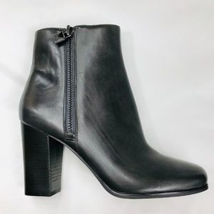 NEW - MICHAEL KORS Frenchie Bootie - Gray